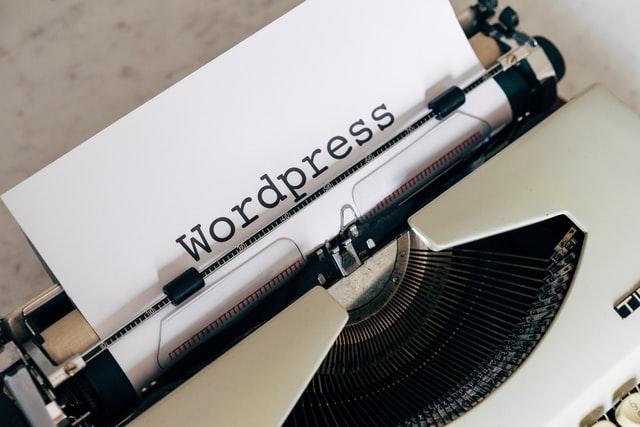 Wordpressと書かれた紙